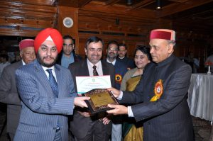 Once again, the Hotel was honoured with a similar award presented by the Chief Minister, Himachal Pradesh for being among top ten Luxury Tax payers in Shimla District, on World Tourism Day