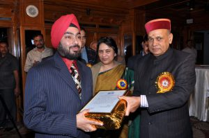 Another feather in Hotel's cap - on World Tourism Day, Chief Minister, Himachal Pradesh awards the Hotel for honesty thereby contributing to Himachal's good reputation.